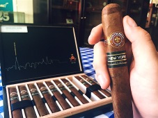 Montecristo Cigars New York Edition in Northport Shop